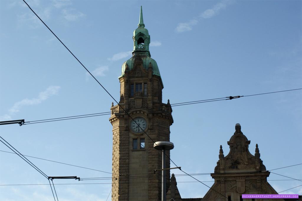 shoot-the-food auftakt in köln, himmel über krefeld, hauptbahnhof, nikesherztanzt