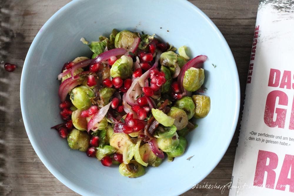 rosenkohl mit datteln, granatapfelkerne, rote zwiebeln, EDEKA, mit liebe, apfelsaft, datteln, thymian, zitronensaft, reisessig, kreuzkümmel