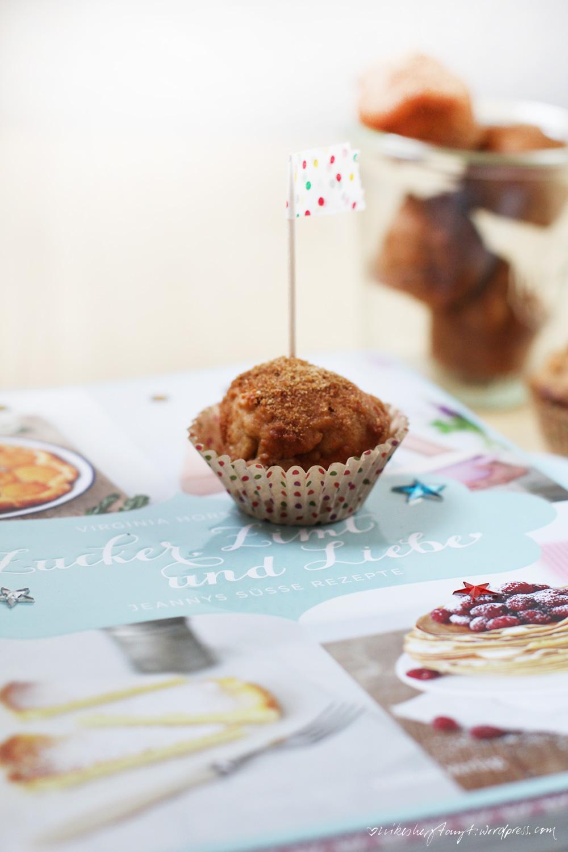 süßkartoffelküchlein mit zucker-zimt- und liebe-kruste. // http://nikesherztanzt.de