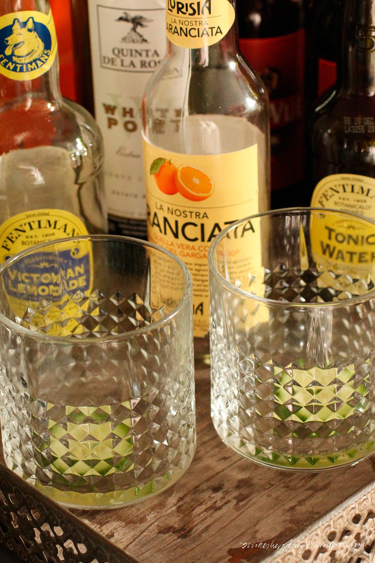 weißer portwein, tonic, water, gurke, eiswürfel, portonic, longdrink