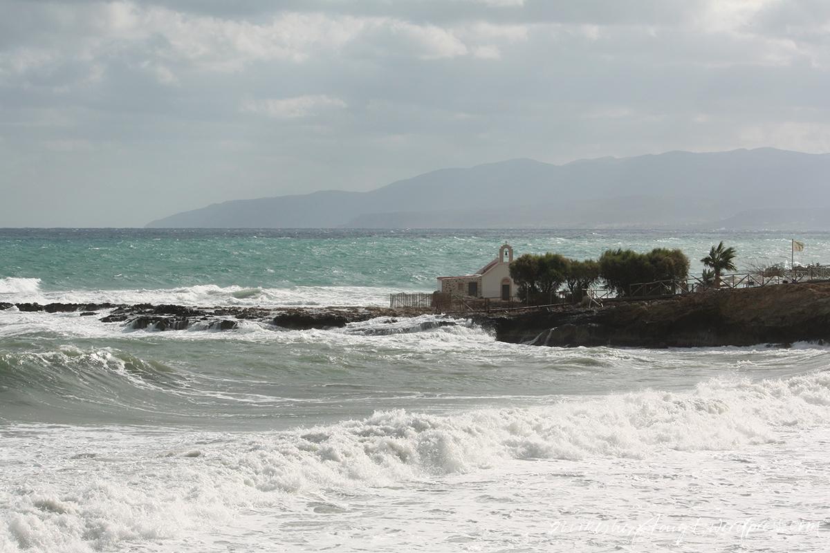 crete,chersonissos, kreta, griechenland, greece, meer, see, #blickaufsmeerstattkopfvordiewand, mittelmeer, kretisches meer, sturm, wellengang, wellen, gischt, nikesherztanzt