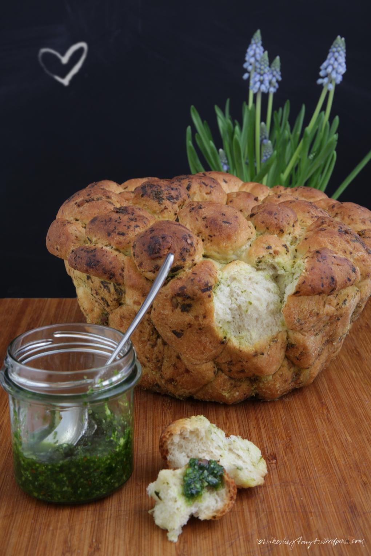 monkeybread,bärlauch,affenbrot, pull apart bread,nikesherztanzt, vegan