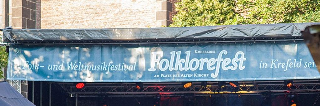 folklore fest an der alten kirche in krefeld, august 2015, musikfestival, niederrhein, nikesherztanzt